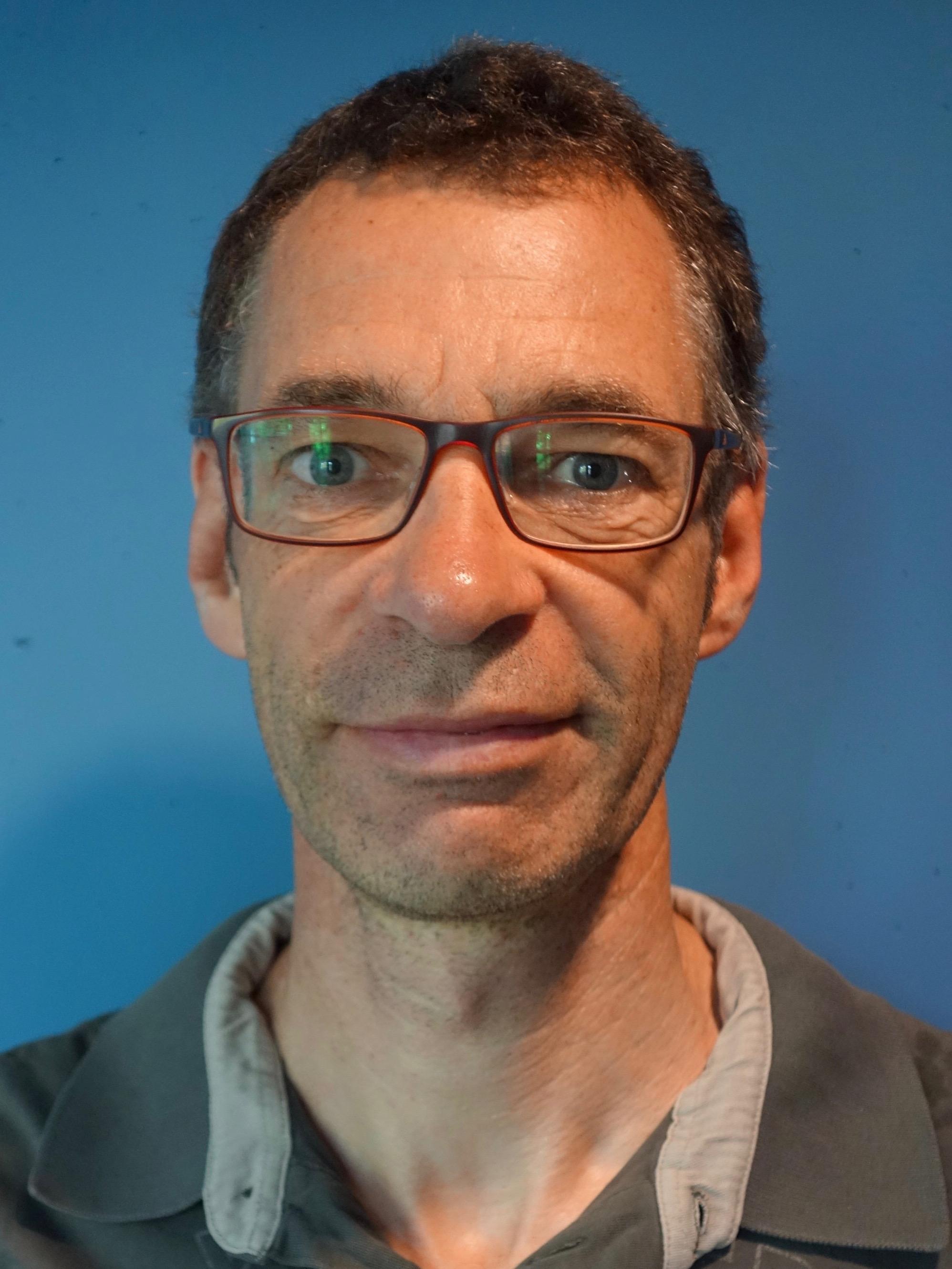 Prof. Dr. Peter Neumann