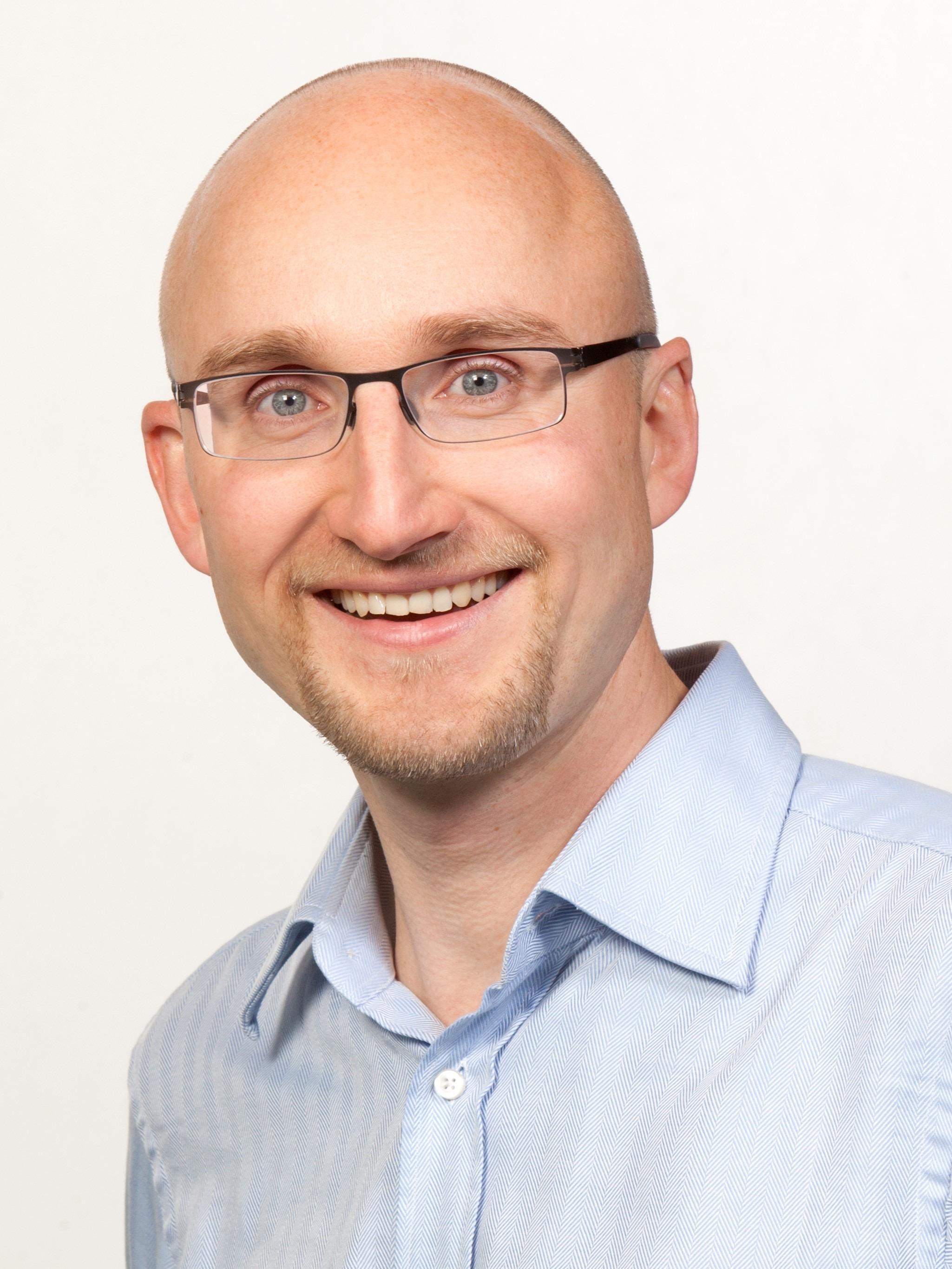 Jun. Prof. Dr. Rolf Schwarz