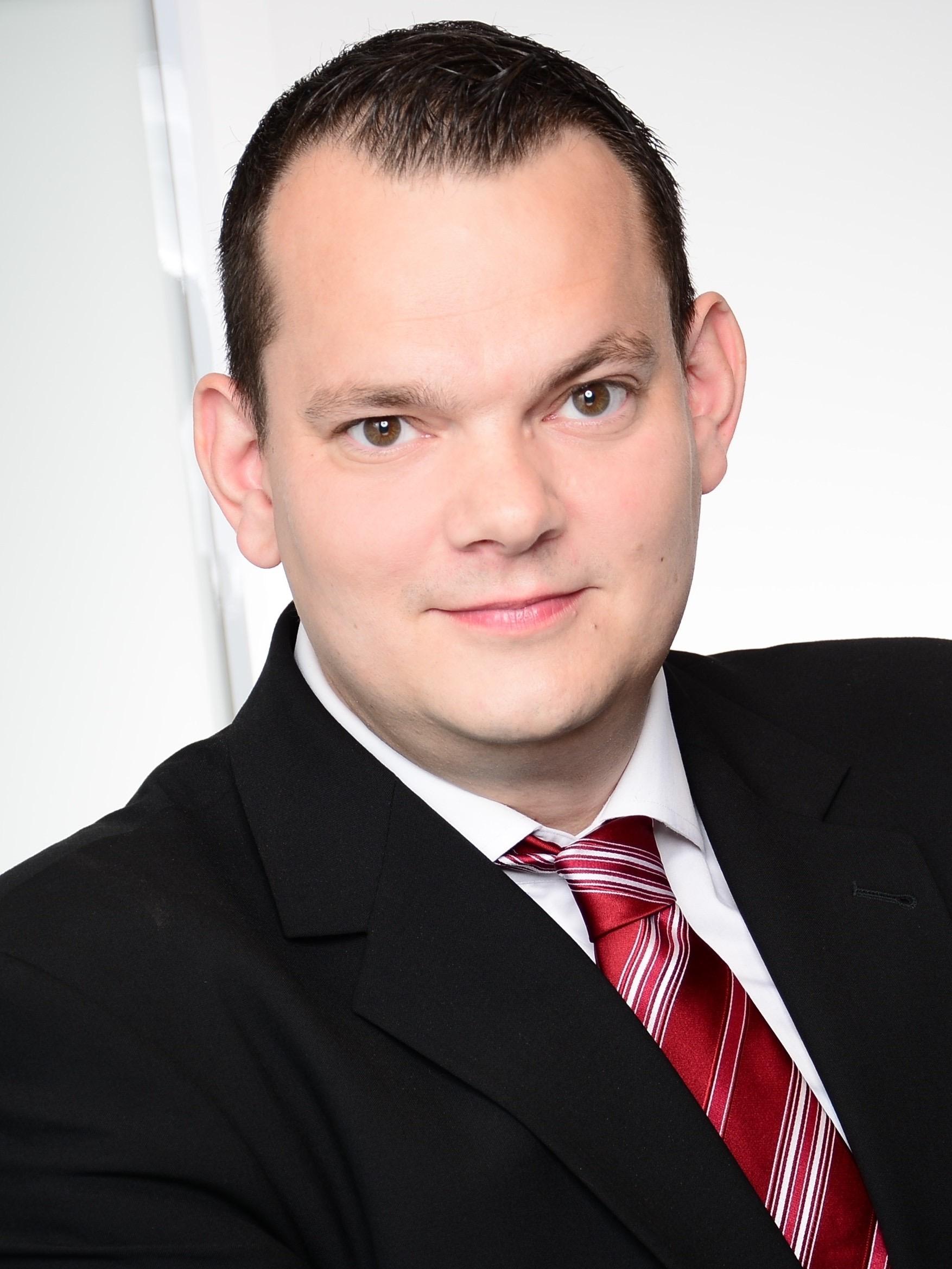 Dr. Tobias Stadtmann