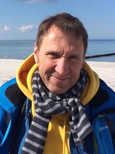 Dr. Matthias Jakob