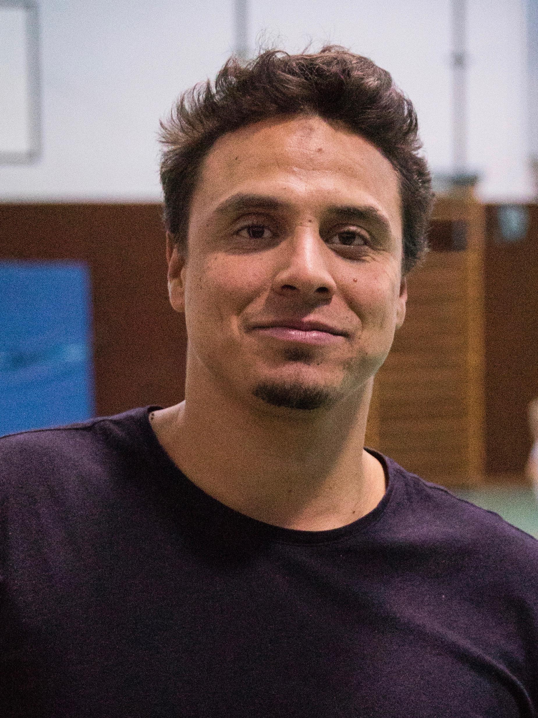 Younis Kamil