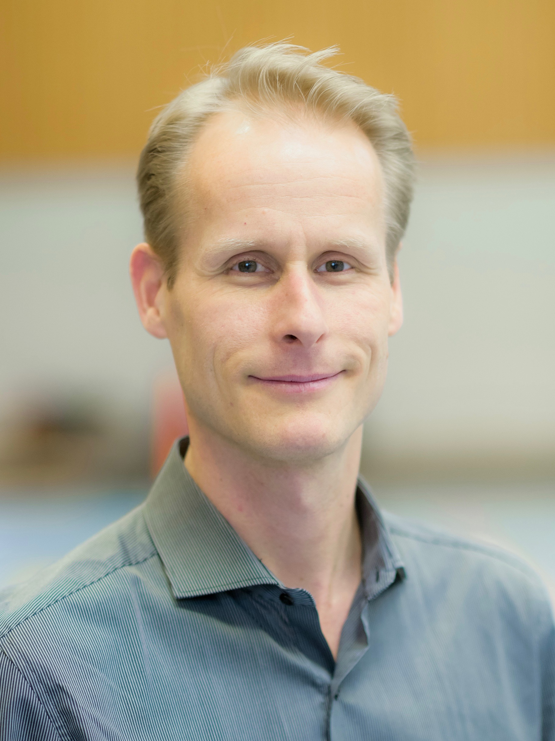 Prof. Dr. Thomas Mühlbauer